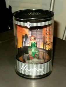 WARNER BROTHERS Classic Collection (1999, Figure) NEW: Poison Ivy: Miniature WB