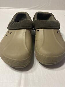 Crocs Blitzen II Clog in Khaki / Expresso Size M9 W11