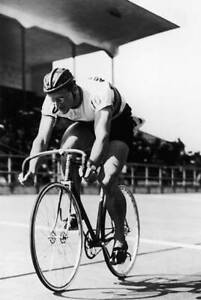 OLD LARGE BICYCLE PHOTO Australian Road & Track Cyclist Russell Mockridge