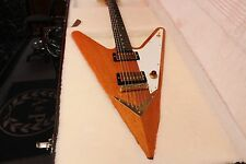 GIBSON REVERSE FLYING V ELECTRIC GUITAR W/PAPERS AND HARD CASE 100% MINT