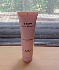 Marc Jacobs Daisy Eau so Fresh  RADIANT BODY LOTION travel size 30ml.-PURSE SIZE
