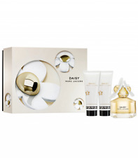 Marc Jacobs DAISY Gift Set Eau De Toilette 50ml & lotion 75ml & gel 75ml