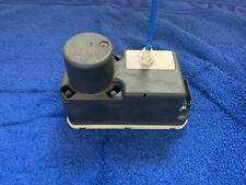 VW Polo 6N2 ZV-Pumpe Zentralverriegelungspumpe 6N0962257A  VW Hella.Originale
