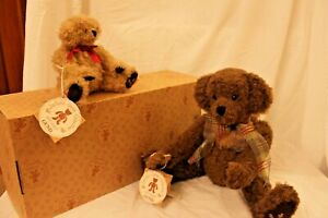"""Gund Collectors Artist Teddy Bears Jointed """"Our Names are Wally & Winky"""""""