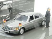 Minichamps 436 039300 Mercedes Benz 500 SEL Dr Helmut Kohl 1985 1 43 Scale Boxed
