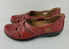 Clarks Collection Women Size 10M Christmas Red Evianna Peal Leather Slip On Shoe