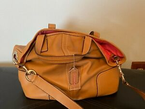 EUC Coach Tan Large Leather Shoulder Double Handle Handbag