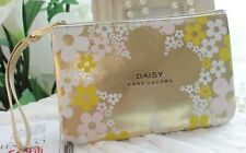 MARC JACOBS Daisy Makeup Cosmetics Bag with handle, Brand NEW!! 100% Genuine!!