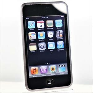 Apple iPod Touch (8GB) 1st Generation MP3 Music & Video Player - A1213