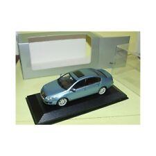 VW PASSAT B6 Bleu Clair MINICHAMPS 1:43