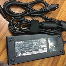 Alimentatore per portatile Toshiba Pa-1121-04 PA3290E-3AC3 Pa3717e-1ac3 Pa3290u