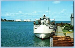 VTG Postcard~ Arnold Line~ St. Ignace City Park & Boat Dock~ Mackinac Island, MI