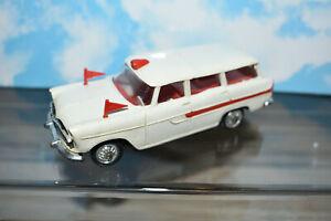 NOREV 1/43 simca marly ambulance ancienne en plastique années 70 blanche-rouge