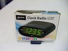 GPX C303B Dual Alarm AM/FM Clock Radio with Time Zone/Daylight Savings Control