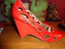"CARLOS SANTANA RED Patent leather ""RESCUE"" 8M 4"" wedge heels BRAZIL PRISTINE"