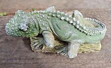 Lizard iguana on log latex w plastic backup mold concrete plaster mould