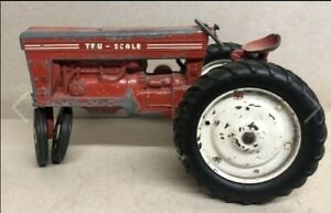 Vintage Tru-Scale 1:16 RED Farm Tractor - Made in USA - Vintage Agriculture