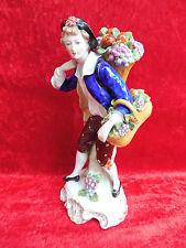 muy bonita,antiguo figura de porcelana__Vendedor de frutas__thüringen__23cm__