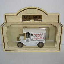 Lledo : Days Gone : 1920 Model T Ford Van : BLACKPOOL VAN TRANSPORT : DG6104a