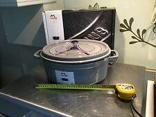 Staub Graphite 33 cm Oval 7qt, 8 litre cast cocotte induction Dutch Oven