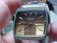 MANS VINTAGE SEIKO WATCH TV STYLE CASE DESIGN MODEL 6106-5569 17J AUTOMATIC NICE