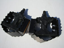 "NOS GT Beartrap Dirt Racing BMX Bicycle Bike Pedals 1/2"" Shimano KKT Dyno Hutch"