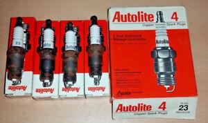 NEW Made in USA NOS Set of 4 pack Autolite 23 Resistor Spark Plug - RV9YC / UR5