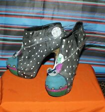 Hand made alien shoes heels. OOAK spaceship LED trance cyber wedding emo unique