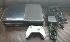 Microsoft Xbox One 500GB Console Black + Wireless Controller Grey/Green + Cables