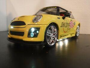 KENTOY Boley 1/24 Scale Mini Cooper John Cooper Racing Tuner Yellow Light Up