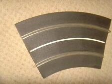 Vintage Original Tri-ang Scalextric 4 x Standard curves. No. MM / T21