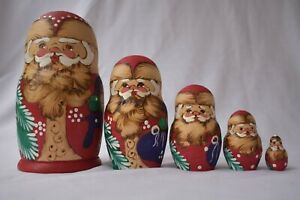 "Vtg 4 Pc Russian Nesting Dolls MATRYOSHKA Santa Claus Hand Painted 5"" Signed"