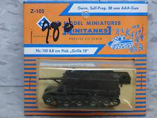Roco Minitanks / (New) WWII German Auf Grille 88mm Self propelled AAA  Lot 489K