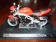 MOTO  1/24 TRIUMPH 955i SPEED TRIPLE