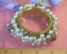 Stunning Gold & Pearl Big Cha Cha Stretch Bracelet Vintage Cluster Beads Showy