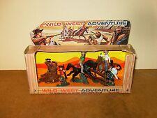 RARE ancienne / vintage figurines COW BOYS plastique - WILD WEST ADVENTURE - 70s