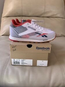 NIB Reebok Classic Leather ATI Athletic Sneakers White Red Blue GS Boys Size 5