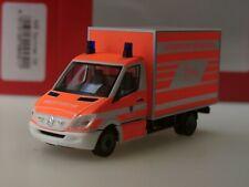 """Herpa Mercedes Sprinter Koffer 06 """"Feuerwehr Wiesbaden"""" - 094511 - 1:87"""