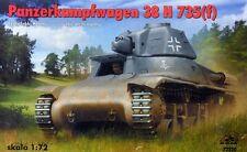 PZ.KPFW 38 H 735(f) / BERGESCHLEPPER (7X GERMAN WEHMRACHT MARKINGS) 1/72 RPM