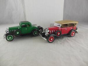 National Motor Museum Mint 1932 Chevy Phaeton & 1932 Chavy Coupe ref  CHEVST