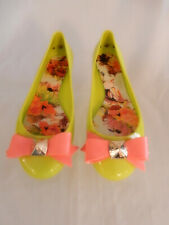 TED BAKER VIBRANT GREEN BALLET FLATS W/ LARGE PINK BOW IN SIZE 8  NEW W/O BOX!