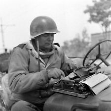 WWII Photo US Soldier with Typewriter Rome Italy   World War Two WW2 B&W / 1322
