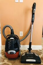 Electrolux Ultra One Bagged Canister Vacuum Cleaner ~ Model El7070