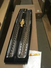 2012-2013 SILVERADO 1500 BLACK GRILLE WITH CHROME MESH NEW GM #  22829400