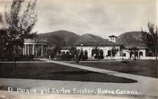 NUEVA GERONA, ISLA DE PINOS, CUBA, EL CENTRO ESCOLAR & PARQUE, RPPC c. 1930's