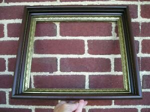 Lovely Deep Victorian Black Trimmed Picture Frame Patterned Gilt Sight 10 x 12