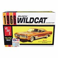 AMT AMT1175 Skill 2 Model Kit 1966 Buick Wildcat Hardtop 3 in 1 Kit 1:25 Scale
