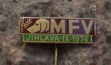1974 MFV Regional Hunting Dog Show Jihlava Czech Hounds Hunter Hunt Pin Badge