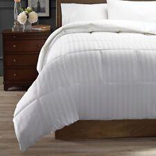 Hotel Style Down Alternative Comforter Medium Warmth, Twin Size NEW