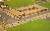 East St. Louis Illinois 1960s Postcard Holiday Inn Motel
